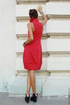 Купить или заказать Платье Sexy Star в интернет-магазине на Ярмарке Мастеров. Красивое короткое платье-туника-жакет из поливискозы, без рукава ,с двумя боковыми карманами,с двойной молнией. Уникальный, изысканный и экстравагантный стиль, платье можно надеть на любое мероприятие. На вечеринку, ужин, свадьбу. Платье будет необходимой вещью в вашем гардеробе. Материал: Поливискоза Возможные цвета: Черный Красный Белый Серый Изумрудный Горчица…