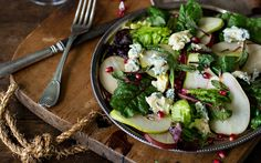 Pear, beet leaves, pomegranate & blue cheese salad