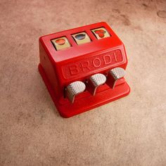 RED Retro TOY miniature 3 Reel BRODI Slot Machine