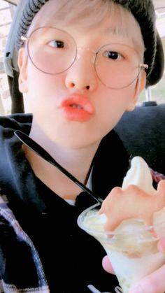Exo Ot12, Chanbaek, Kai, Baekhyun Wallpaper, Kris Exo, Exo Group, Baekhyun Chanyeol, Kim Hanbin, Ulzzang Girl