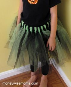 431ee51085 How to make a No Sew Tulle Skirt - Tutu Tutorial
