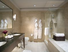 Exclusive Resorts at The Trump Chicago, Master Bathroom