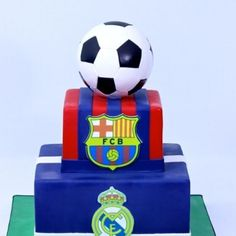 2-tier FC Barcelona Barcelona Cake, Buttercream Designs, Happy 7th Birthday, Sport Cakes, Hockey Puck, Sports Party, Themed Cakes, Soccer Ball, Montreal