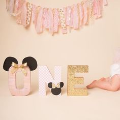 Planning baby's birthday party? Get inspired and then get it done via @erinkavanaughphotography
