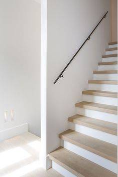 Trappen - cottage | Trappen Demunster, Waterven He... - #cottage #Demunster #ronde #Trappen #Waterven Staircase Makeover, House Stairs, Paint Colors For Living Room, Staircase Design, Basement Remodeling, Stairways, Home Living Room, Home Deco, Building A House