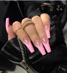 French tip nails are chic, delicate and gorgeous. It is a classic nail art design type, in recent years it has become the trend of nail art design. The history of French tip nails was first used by French models to make them look clean and beautiful. French Tip Acrylic Nails, French Tip Nail Designs, Coffin Nails Matte, Pink Acrylic Nails, Gel Nails, Long French Tip Nails, Pink Tip Nails, Coffin Nail Designs, French Stiletto Nails