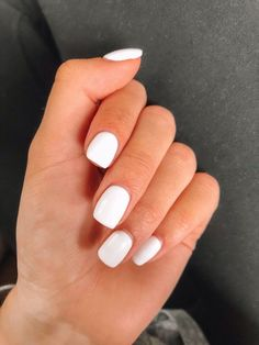 White nail art design for 2020 by Aphrodite white nail polish will never be outdated, so it will naturally be included in th. White Acrylic Nails, White Nail Polish, White Nail Art, Best Acrylic Nails, Summer Acrylic Nails, Acrylic Nail Designs, White Manicure, White Acrylics, White Shellac Nails
