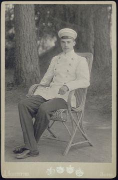 Prince Nicolas Youssoupoff (Nikolai Yussupov), elder brother of Felix Yussupov. Killed in a duel in 1908. Moto num duelo em 1908.