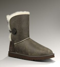UGGs Bailey button. Love it!