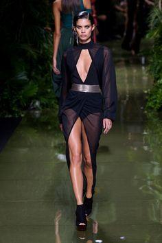 Balmain at Paris Fashion Week Spring 2017 - Runway Photos