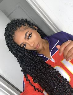 85 Box Braids Hairstyles for Black Women - Hairstyles Trends Box Braids Hairstyles, Easy Hairstyles For Medium Hair, My Hairstyle, Twist Hairstyles, Protective Hairstyles, Black Women Hairstyles, Summer Hairstyles, Protective Styles, Teenage Hairstyles