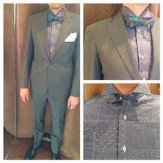 suit:ヴィンテージグリーン shirt:インディゴクレイジーパターン bowtie:マルチカラー花柄  #新郎#カジュアルウエディング