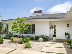 Backyard House, Backyard Patio Designs, Backyard Retreat, Front Yard Garden Design, Front Yard Landscaping, Pembroke House, Spanish Garden, Outside Patio, Garden In The Woods