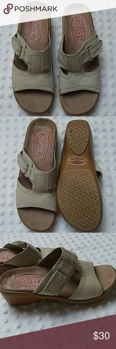 KLOGS SLIP RESISTANT NON MARKING SIZE 7M Klogs Size 7m Slip resistant Non marking Worn once Still in excellent condition KLOGS  Shoes Mules & Clogs