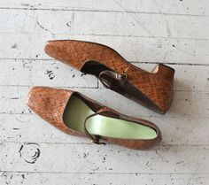 vintage mary janes / 1960s shoes / mod 60s shoes by DearGolden, $42.00