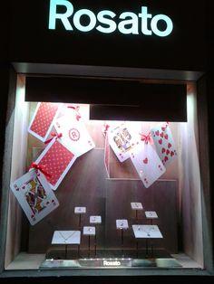 Lara Flammia e la comunicazione...: Sfilano le vetrine di preziosi nel cuore della Cap...