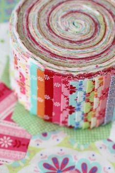 sweet broderie sushi roll