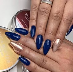 Bonjour Bonne Nuit Gel Polish & Metalmanix Pink Gold by Indigo Educator Anna Leśniewska, Ostrołęka #nails #nail #navy #pink #metalmanix #chrome #metal #pink #gold #indigo #autumn