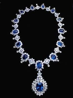 Diamond ©: Carat Sapphire and Diamonds Big Necklace (White Gold Jewellery) Sapphire Jewelry, Sapphire Diamond, Diamond Jewelry, Ceylon Sapphire, Blue Sapphire Necklace, Platinum Jewelry, Diamond Stone, Diamond Heart, Stud Earrings