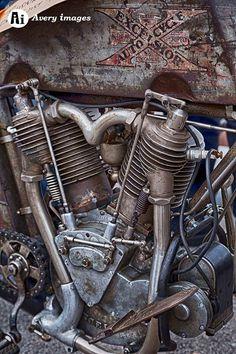 1913 motorcycle #vintagemotorcycles #vintagebikes #oldschool #retro #motorcycles #classic