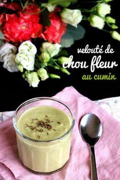 Velouté de chou-fleur au cumin, une recette vegan et anti-gaspi, économique et délicieuse ! :-)