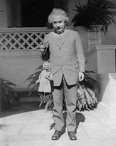 Einstein Puppet. via this isn't happiness™