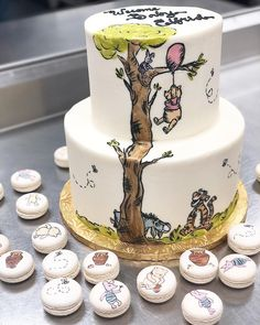 Trendy baby shower cake bear winnie the pooh ideas Winnie The Pooh Cake, Winnie The Pooh Birthday, Baby Birthday, Birthday Cake, Boy Baby Shower Themes, Baby Shower Cakes, How To Make Wedding Cake, Funny Cake Toppers, Hand Painted Cakes