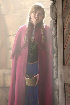 ELIZABETH LAIL - ONCE UPON A TIME Season 4 Episode 4 Photos The Apprentice