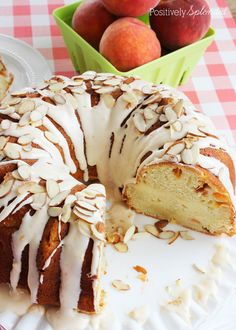 Fresh Peaches and Cream Cake Recipe. Moist cake filled with chopped fresh peaches and a ribbon of cream cheese filling, and topped off with peach-cream cheese frosting. Bunt Cakes, Cupcake Cakes, Cupcakes, Poke Cakes, Layer Cakes, Peaches And Cream Cake Recipe, Cake Recipes, Dessert Recipes, Potluck Desserts