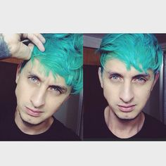 Acid's Spring's model Ricardo Cifuentes uses #ManicPanic to enhance his smoldering eyes. Try our Mermaid shade for this color.