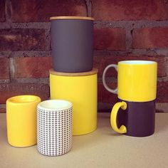 A stylish set of @JansencoNL mugs & canisters off to Herefordshire today! :) #orderoftheweek http://www.howkapow.com/kitchen/ceramics… pic.twitter.com/cxL8JEAkGF