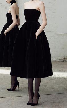 Arlett - Velvet collar dress by ALEX PERRY for pre-order on Moda Operandi . - Arlett – Velvet collar dress by ALEX PERRY for pre-order on Moda Operandi - Looks Style, Looks Cool, Pretty Dresses, Beautiful Dresses, Strapless Dress Formal, Formal Dresses, Wedding Dresses, Wedding Skirt, Wedding Shoes