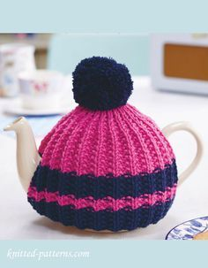 free tea cosy knitting patterns online – Knitting Tips Crochet Tea Cosy Free Pattern, Tea Cosy Pattern, Knitting Patterns Free, Knit Patterns, Free Knitting, Teapot Cover, Knitted Tea Cosies, Do It Yourself Baby, Crochet Geek