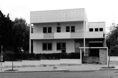 Adelaide Rezende House, Lisbon. Bento d´Almeida, Victor Palla Architects. 1950