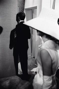 Yves Saint Laurent - Backstage - Paris, 1962 photo Pierre Boulat
