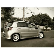 Toyota Yaris J Modify