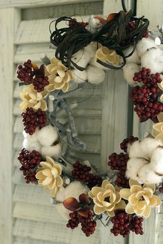 Cotton bolls and berries wreath
