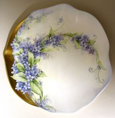 """Forget Me Nots on 6"""" V&B Plate"""