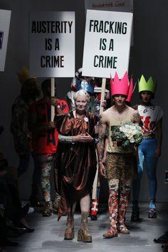 Pin for Later: Vivienne Westwood ruft zur Revolution auf Vivienne Westwood Red Label Frühjahr/Sommer 2016