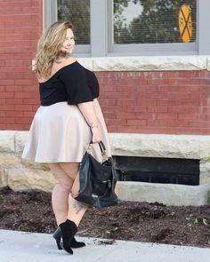 ON THE BLOG: plus size pleather perfection in this @serenawilliams for @hsn skirt!!! #plussize #fatfashion #fatgirlflow #fullfigured #celebratemysize #plusmodelmag #ootd