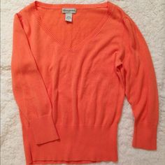 SALEBanana Republic Sweater Super cute and super soft. 100% Cotton. Size M. 20% off two items or more.  trades  PP. Reasonable offers always welcome  Banana Republic Sweaters V-Necks