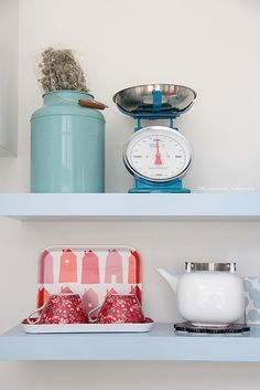 camp cirrus tray HUS in red. (Thursday pics {kitchen} by IDA Interior LifeStyle, via Flickr.)