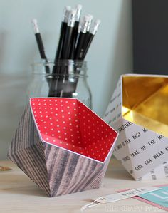 These little organizing dishes are made of paper! TUTORIAL so you can make your own!