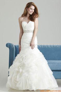 Abiti da Sposa Allure 2557 Romance