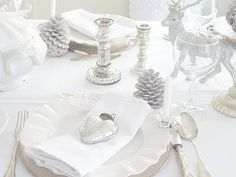 White and Shabby winter table setting