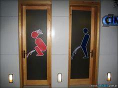 16 Placas de banheiros criativo  >> http://www.tediado.com.br/03/16-placas-de-banheiros-criativo/