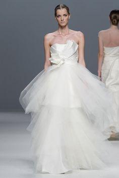 Jesús del Pozo #wedding www.BlueRainbowDesign.com