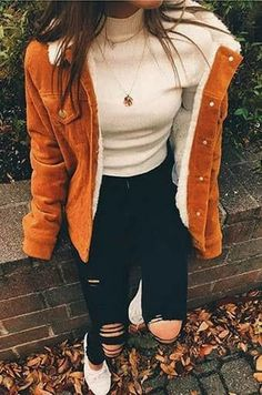 Perfect autumn outfit with a beautiful lambskin jacket. Visit Daily Dress Me at Dailyd - Outfit ideen - Perfect Fall Outfit, Casual Winter Outfits, Winter Fashion Outfits, Cute Casual Outfits, Look Fashion, Stylish Outfits, Autumn Fashion, Summer Outfits, Classic Outfits