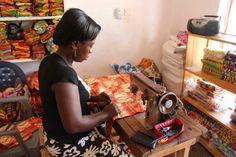 Mujer de Ghana trabajando (Kumasi, agosto 2013). Post I Want a Man
