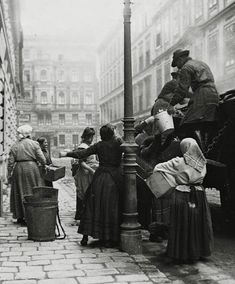 Extraordinary Candid Vintage Photographs That Capture Street Scenes of Vienna, Austria From the and Documentary Photographers, Street Photographers, Vintage Photographs, Vintage Photos, Vintage Travel, Vintage Postcards, Black And White Photography, Old Photos, History